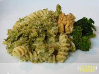 Pasta_con_broccoli_e_noci_2
